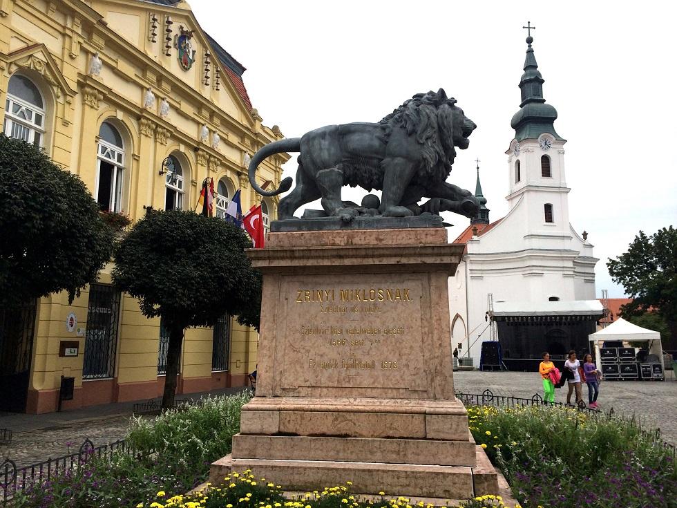 oroszlan_szobor kisebb